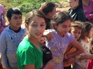 2014-10 DSC01417photo 3 roma trip poor village livezeni