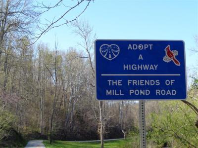2014-04 DSC00230 mill pond road sign (Large)