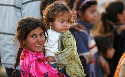 Iraqi_refugee_children,_Damascus,_Syria - James Gordon from Los Angeles, California, USA
