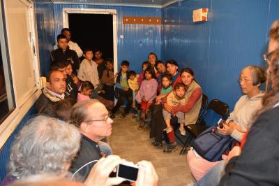 2014-10 DSC01376 DSC_0315 Dicanesti container church roma trip jim (Large)