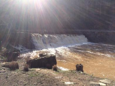 2016-01 IMG_2853 mill pond dam shiny winter morning (Large)